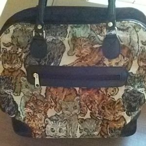 Kitty motif tapestry purse!